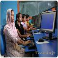 Applet college of IT